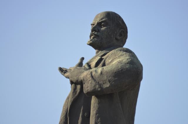 В Екатеринбурге требуют ввести мораторий на снос памятников