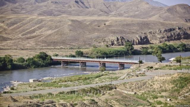 В Армении призвали передать пограничные функции от ФСБ России СНБ Армении