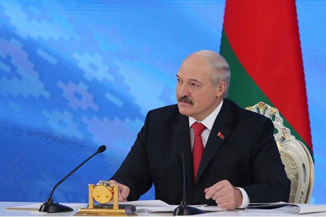 Александр Лукашенко во время встречи с представителями общественности, белорусских и зарубежных СМИ. 3 февраля 2017 года