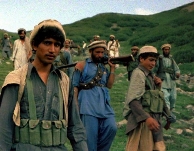 Моджахеды, идущие с территории Пакистана. 1980-е
