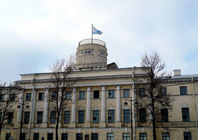 Пожар в Военно-морской академии в Петербурге ликвидирован
