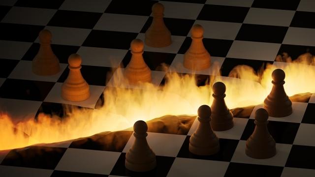 Выиграют ли США в го, сидя за шахматной доской?
