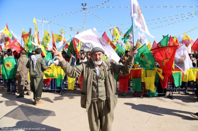 Курды сообщили о жертвах бомбардировок ВВС Турции