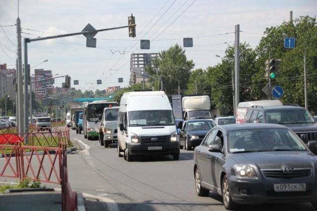 Власти Ярославля прогнозируют к 2027 году автомобильный коллапс