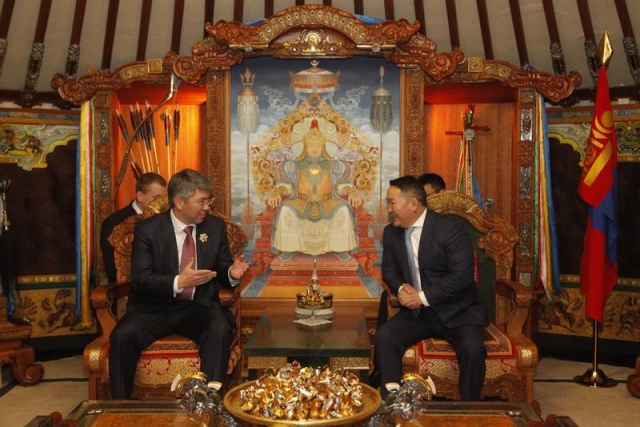 Алексей Цыденов во время визита в Монголию