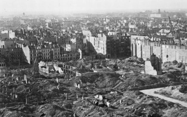 Варшава, пострадавшая во время Второй мировой войны