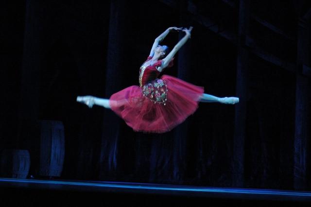 Жанна Богородицкая в балете «Эсмеральда», постановка А. Б. Петрова 2006 год