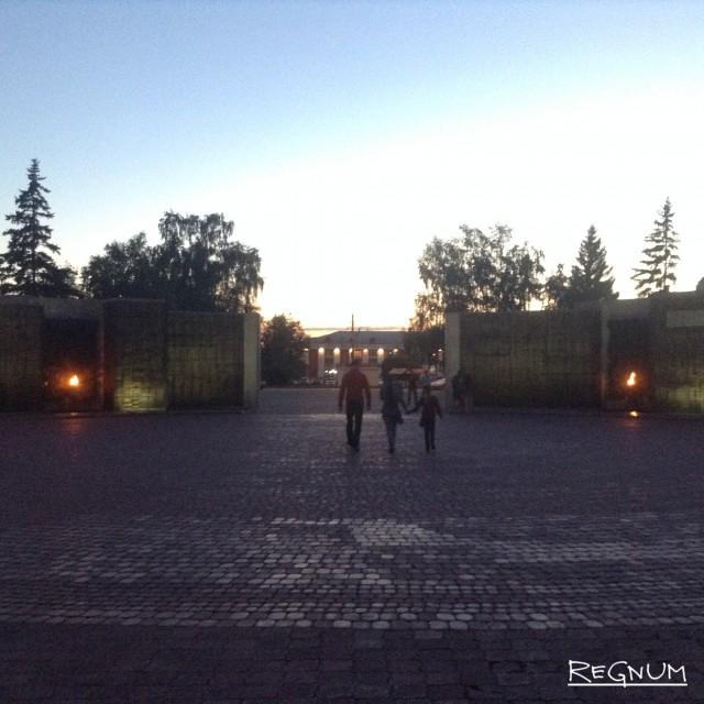Мемориал Славы в Барнауле