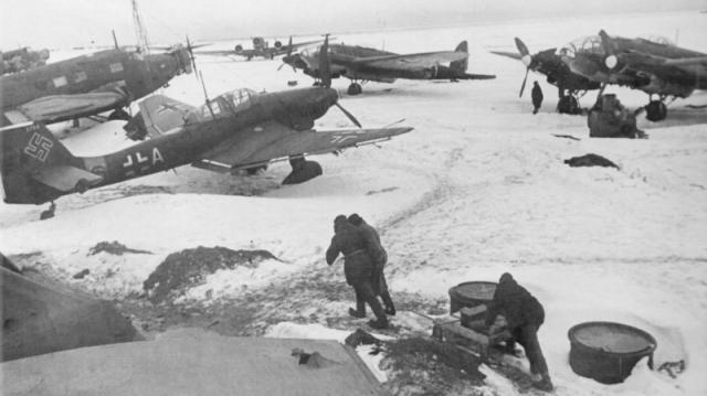 Немецкий аэродром, захваченный под Сталинградом
