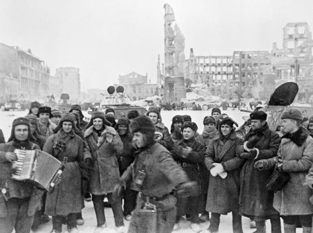 Сталинград. Площадь Павших Борцов