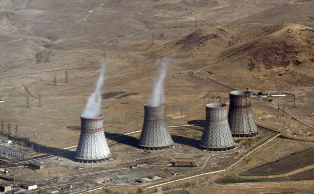 Градирни Армянской АЭС