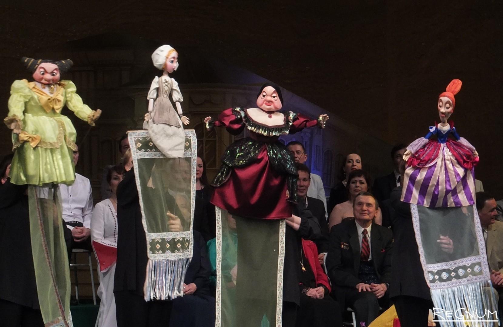 Поздравления от кукольного театра