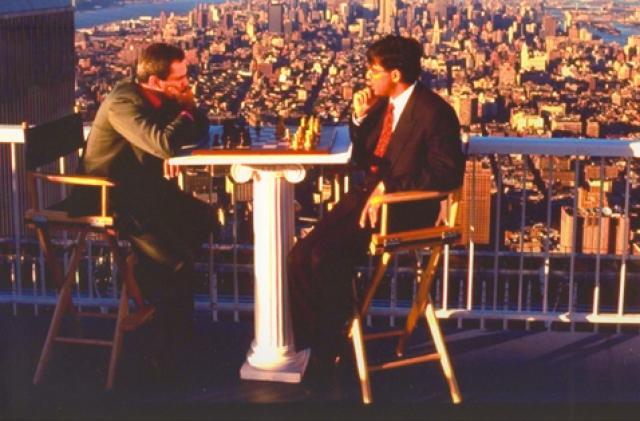 Каспаров и Ананд на крыше Южной башни Всемирного торгового центра, 1995 год
