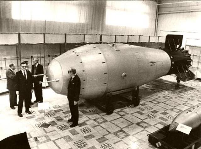 Водородная бомба АН602 «Царь-бомба»