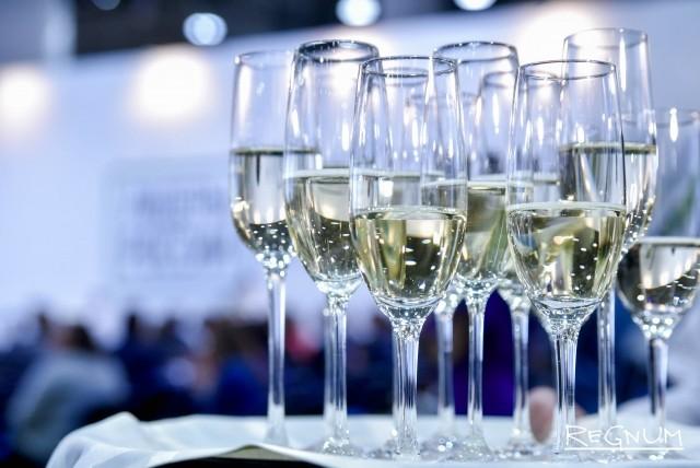 Шампанское для всех участников конкурса