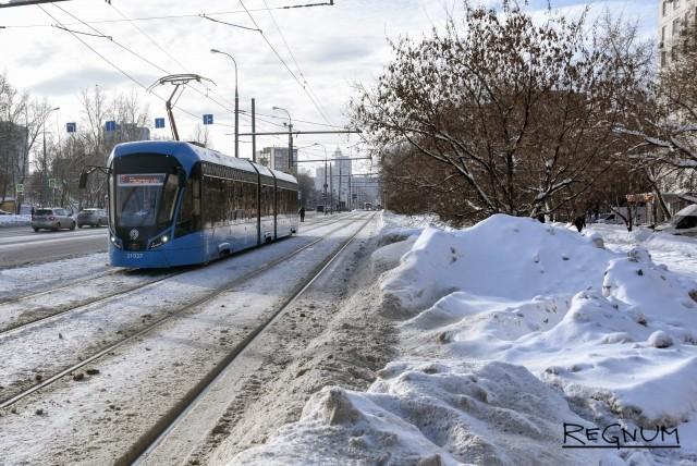 Снег победил власть в Москве: фотогалерея