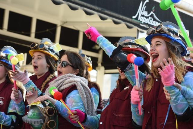 Участницы карнавала