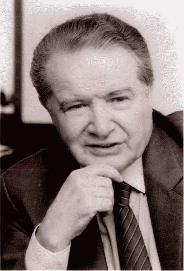 Партийный работник, профессор И.И. Коваленко, игравший важную роль в развитии отношений между СССР и Японией в 1960-1980-е гг