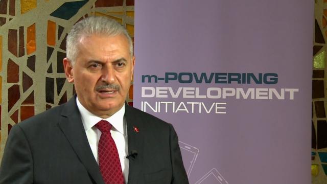 Премьер Турции обвинил США в наращивании поставок оружия курдам в Сирии