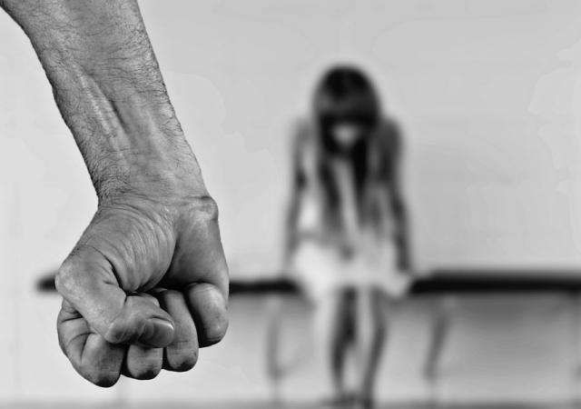 Пожизненно: Комплексный законопроект о наказании для педофилов внесен в ГД