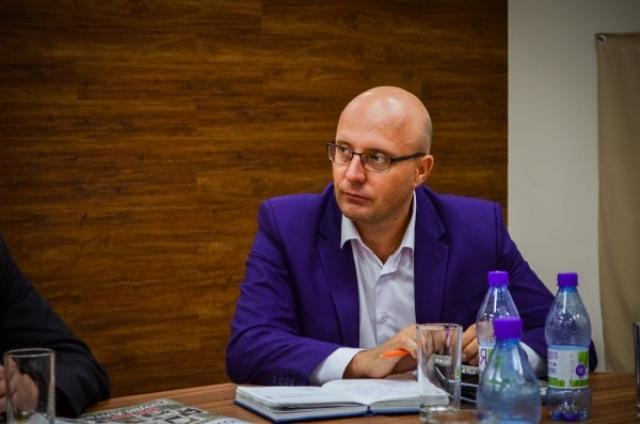 Алтайский депутат: власть не спешит помочь оказавшимся в кредитной кабале