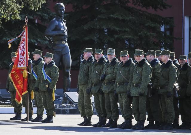 Украина против белорусских миротворцев в Донбассе