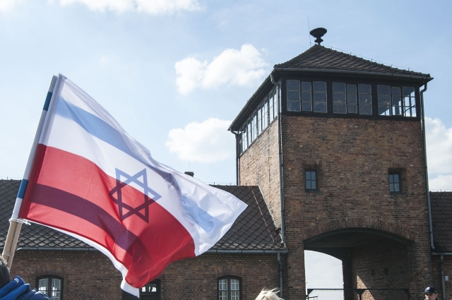 Защитить политическое здравомыслие: Израиль реагирует на новый закон Польши