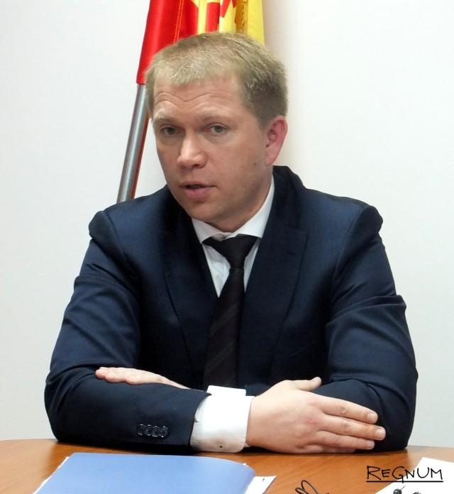 Член ЦИК РФ Антон Лопатин
