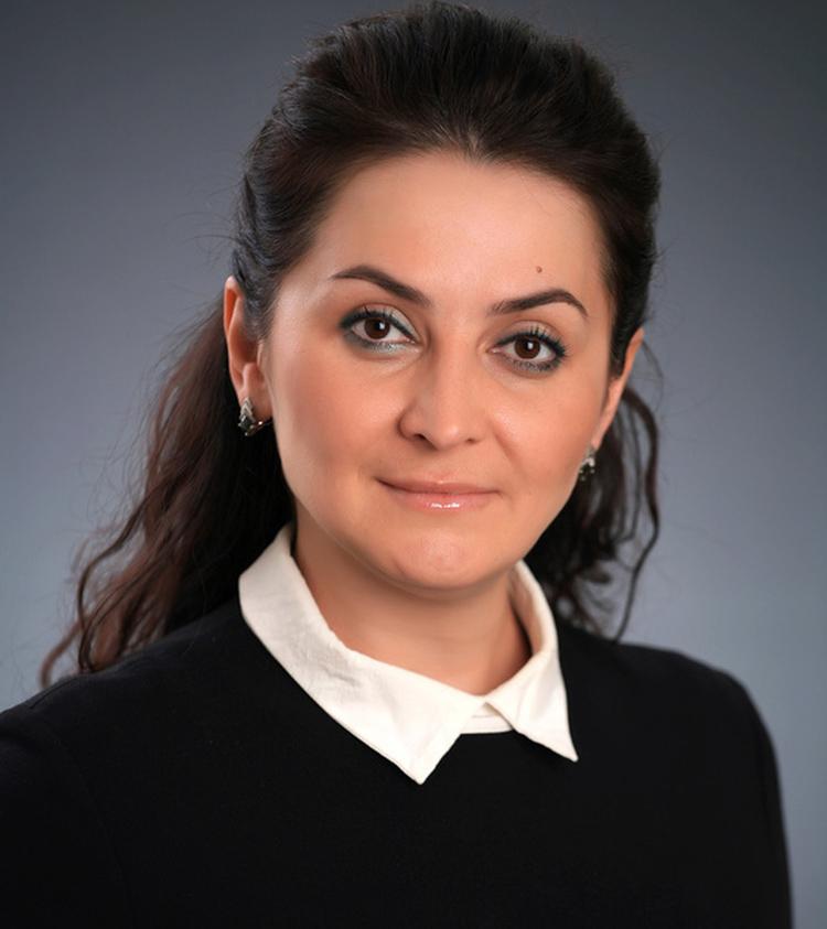 Лейла Фазлеева