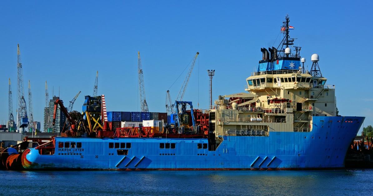 Порты: Maersk намерен запустить контейнеровозы по Севморпути