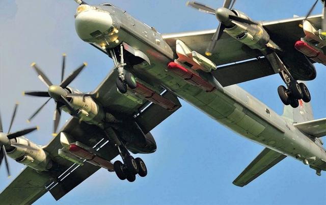Ту-95МС вооруженный КРБД Х-101