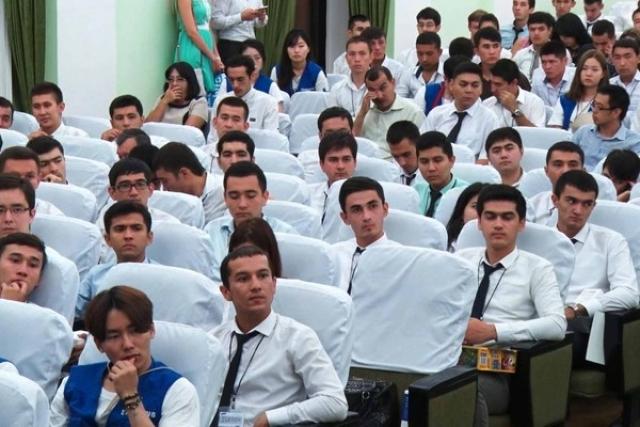 Студенты, Узбекистан
