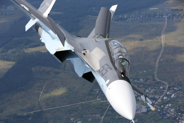 Казахстан планирует купить у России истребители Су-30СМ