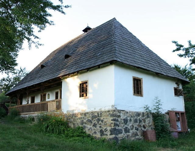 Традиционный венгерский дом в Закарпатской области