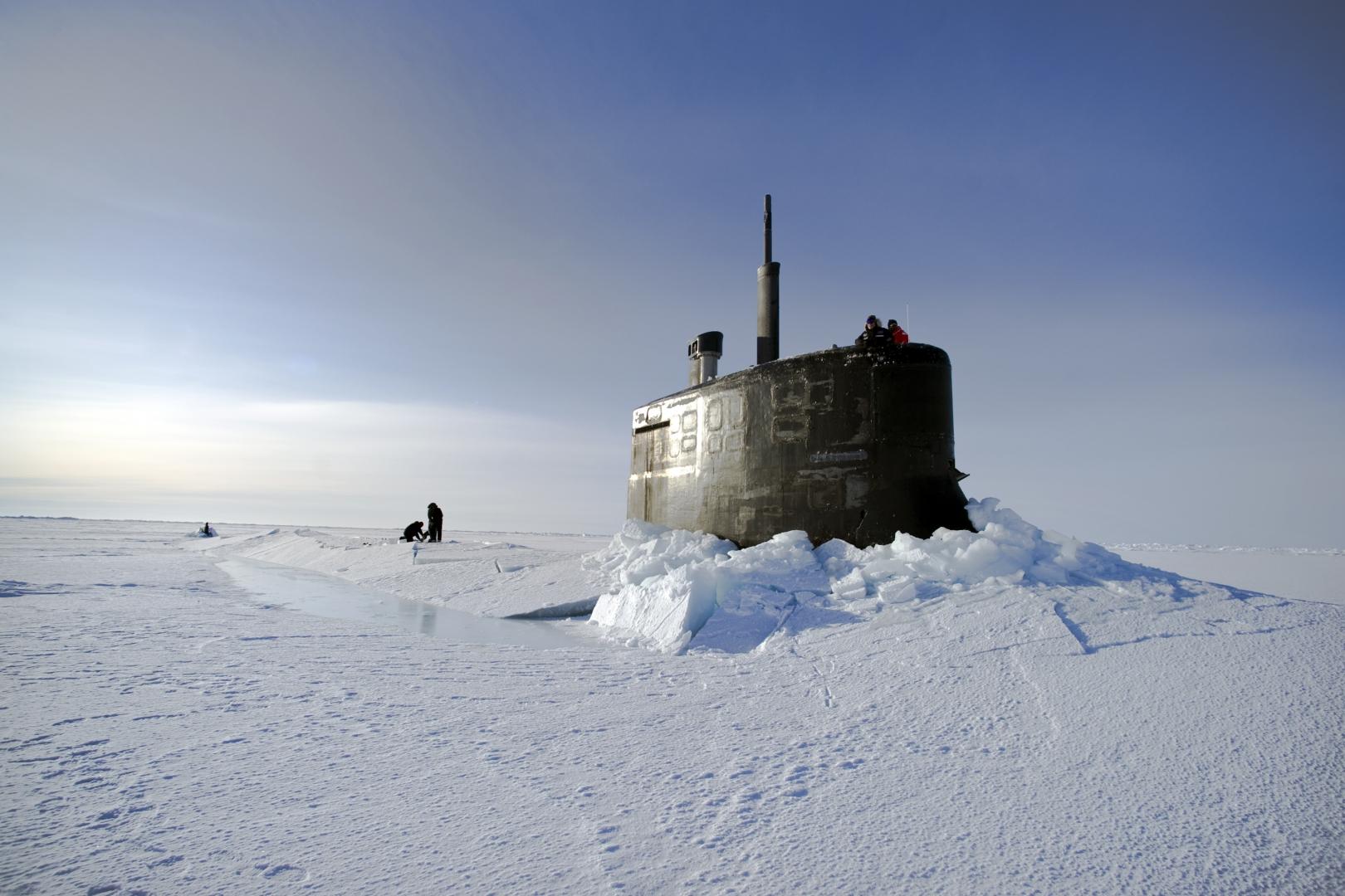 Атомная подводная лодка ВМС США «Коннектикут» в Арктике. U.S. Navy