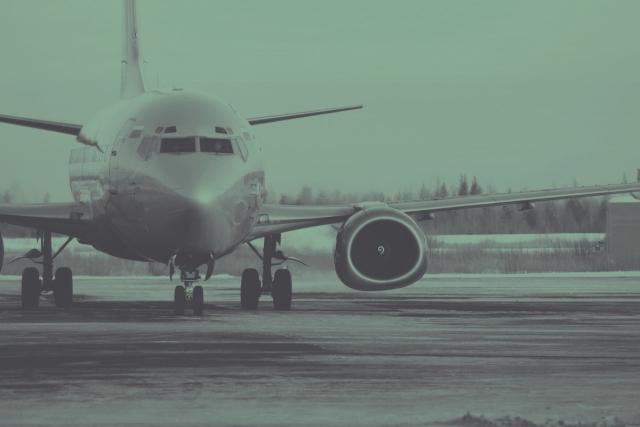 Два авиалайнера не смогли сесть во Владивостоке