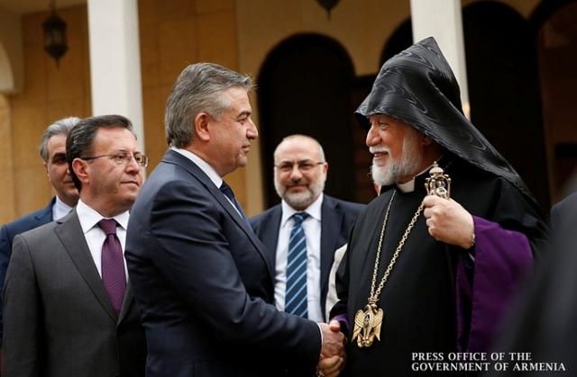Карен Карапетян и католикос Арам Первый