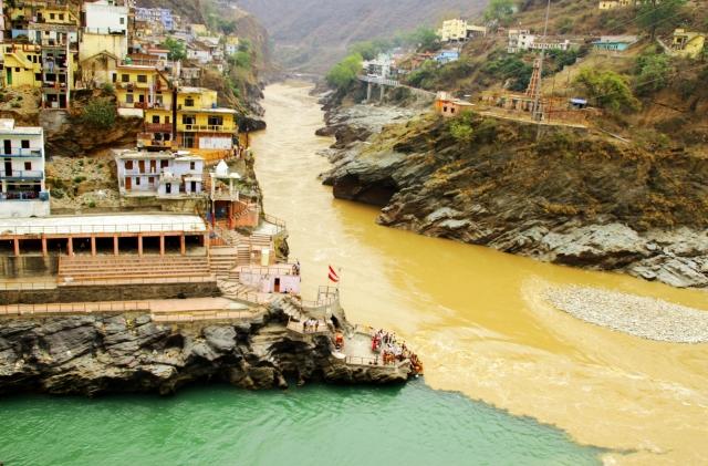Начало Ганги. Место слияния двух рек Бхагиратхи и Алакнанды