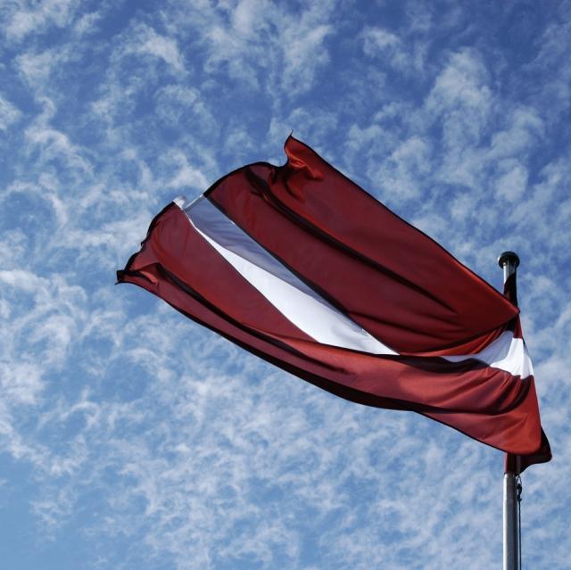 Порты: ограничение транзита через Латвию в наказание за нацизм
