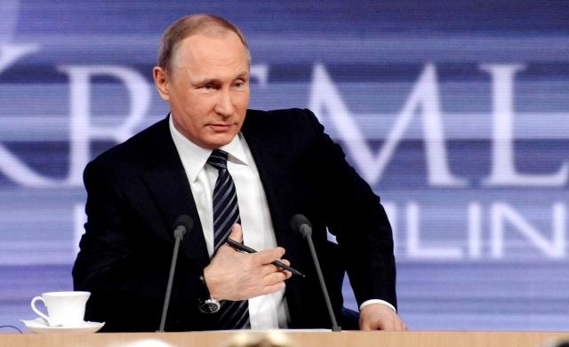 Путина поздравляют с победой на выборах: трансляция ИА REGNUM