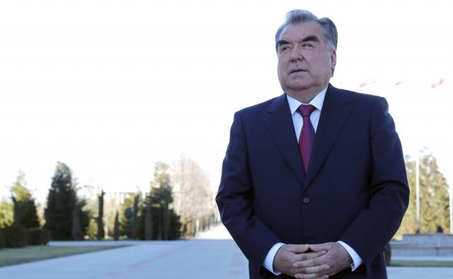 Президент Таджикистана позвонил и еще раз поздравил Владимира Путина