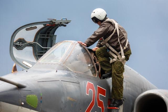 Экипажи штурмовиков Су-25СМ приняли участие в учениях в Киргизии