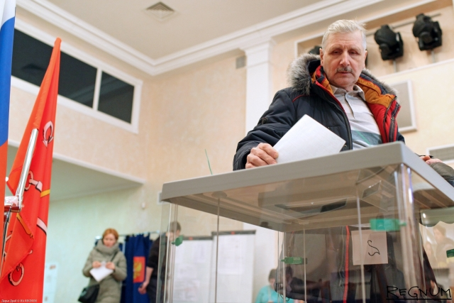 В Петербурге утвердили победу Путина в родном городе