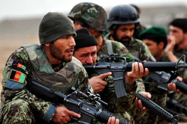 Солдаты армии Афганистана