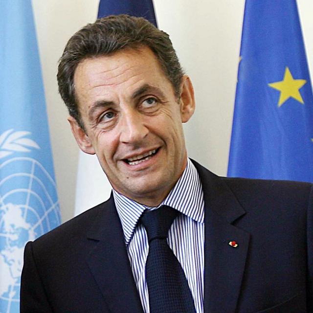 Саркози предъявлены обвинения в пассивной коррупции