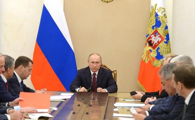 Путин знает, что обманутое доверие очень дорого обходится политикам