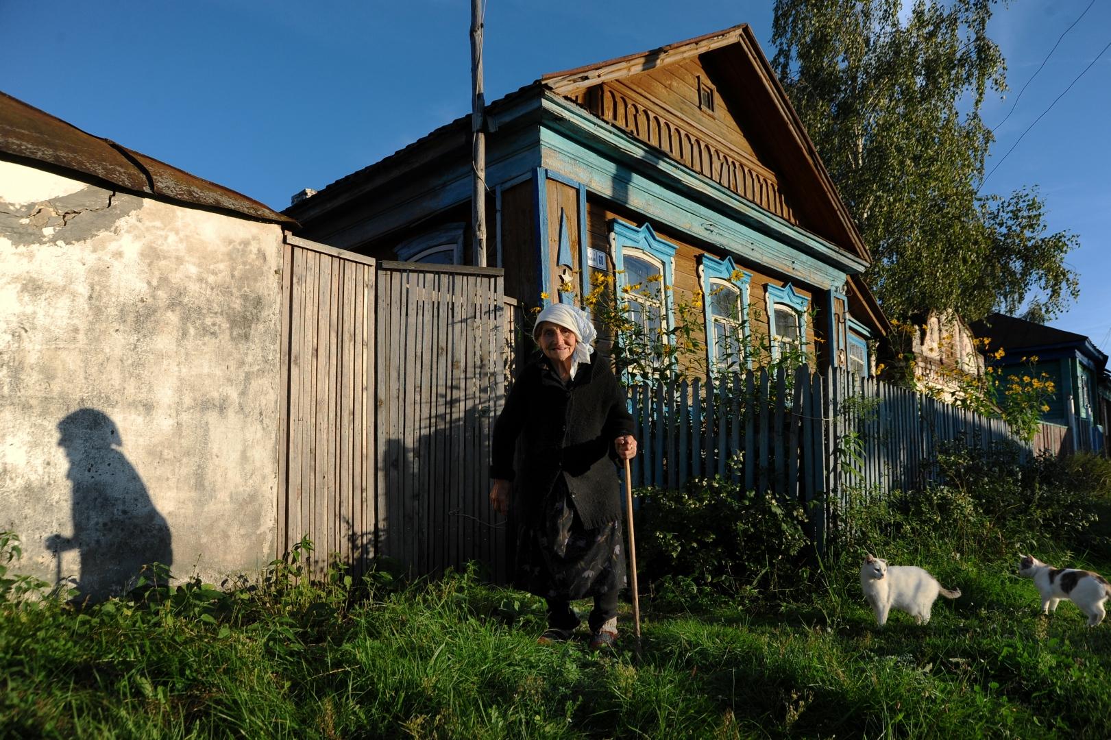 8909a5d593ac Деревянных домов без современного ремонта в деревне осталось мало