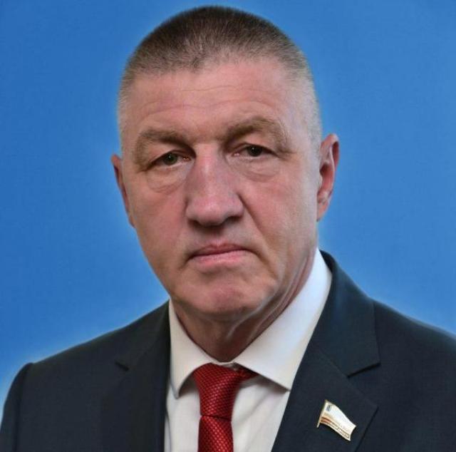 Игорь Пивоваров