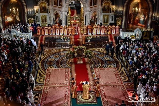 «Воистину воскресе!» Как православные отмечают Пасху