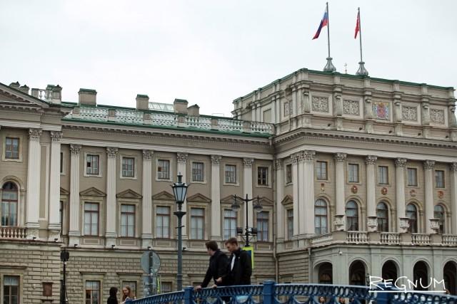 Антимонопольщики предостерегли депутатов Петербурга от нарушения закона